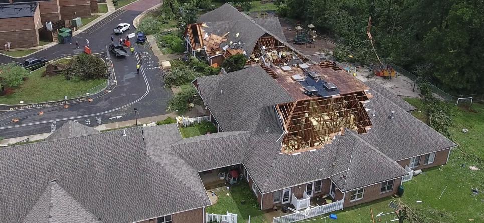 «Как будто взорвалась бомба»: в США два торнадо разгромили дома