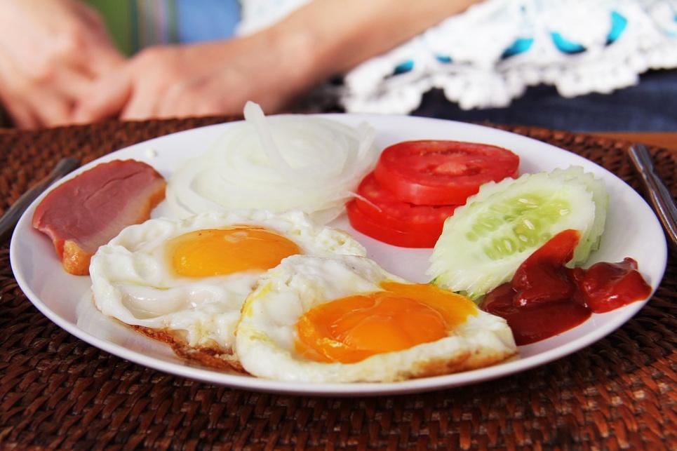 Дієтологи розповіли, як їсти менше м'яса й отримувати кращий ефект