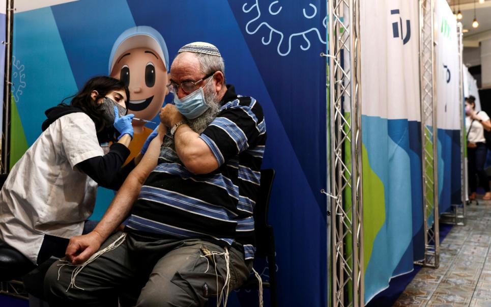 Вакцинация в Израиле. Фото из соцсетей